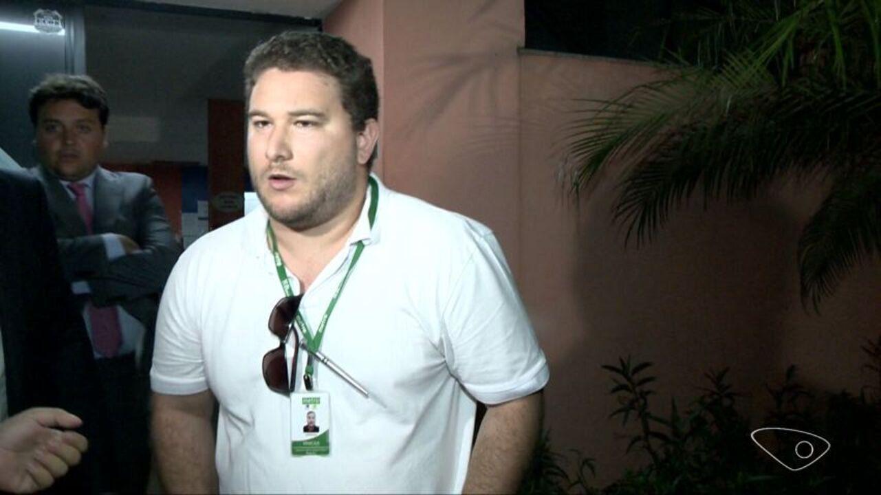 Jornalista preso após filmar abordagem da PM em Vitória é liberado