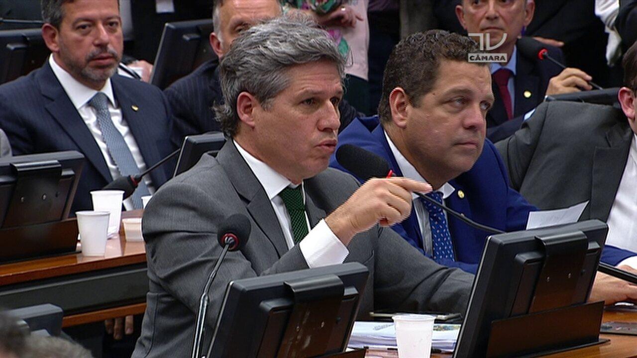 CCJ: Paulo Teixeira (PT-SP) orienta voto à denúncia contra Michel Temer