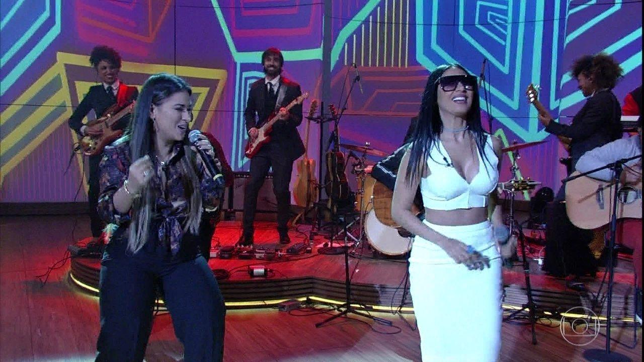 Simone e Simaria cantam