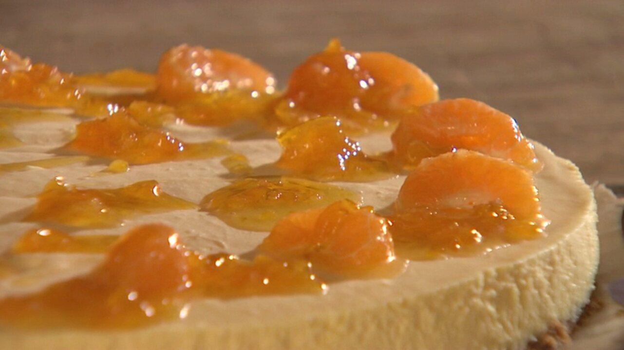 Torta holandesa com gostinho paranaense, feita com mexerica