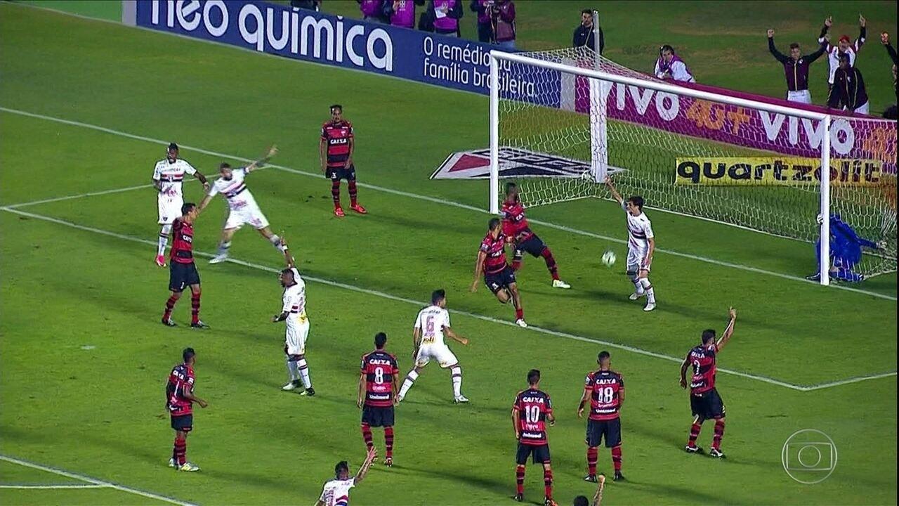 São Paulo empata em casa com o Atlético-GO, e Jucilei é ovacionado pela torcida