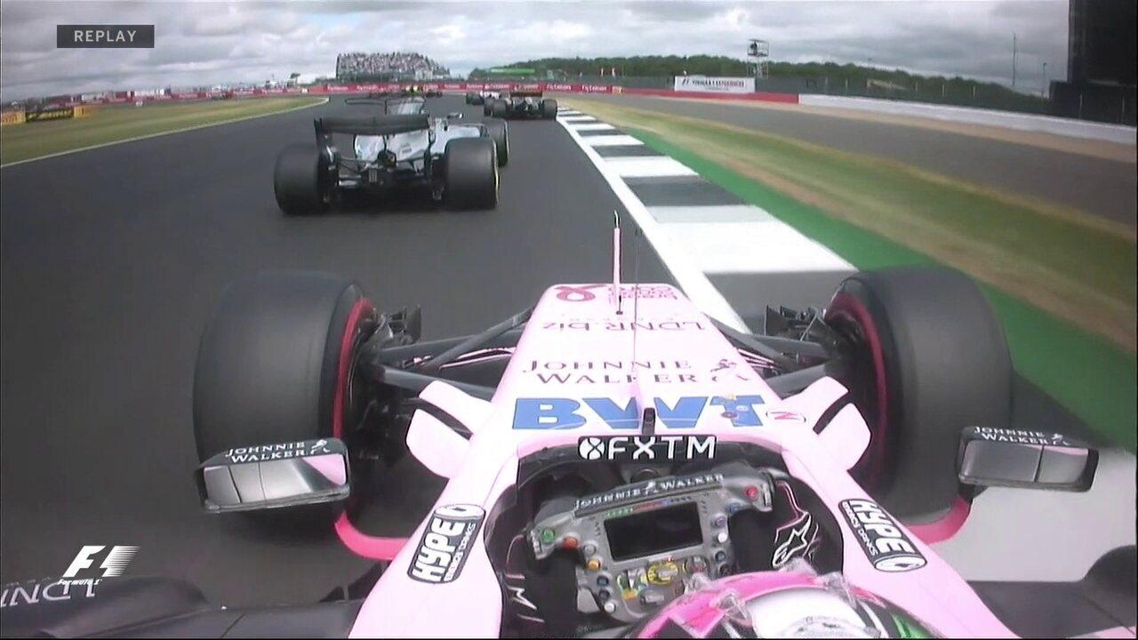 Daniel Ricciardo vai fora da pista na tentativa de escalar o grid
