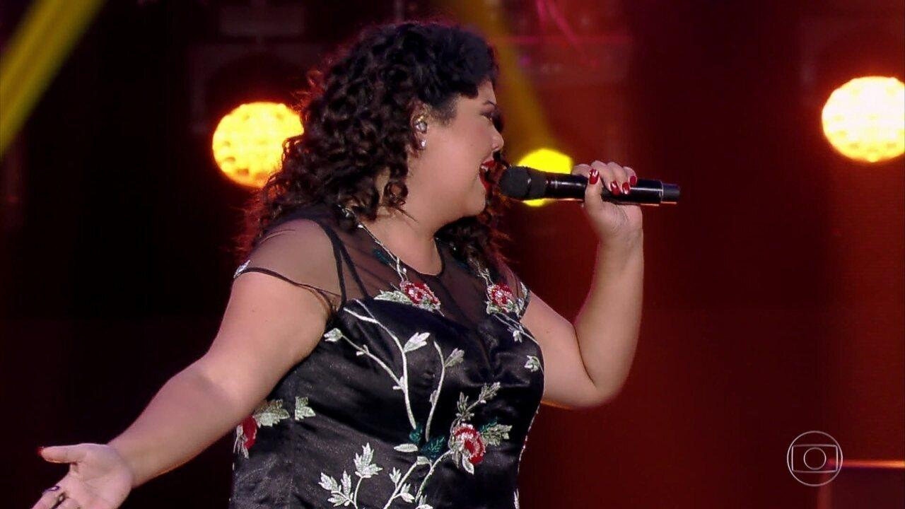 Fabiana Karla encanta interpretando 'Infiel' no 'PopStar'