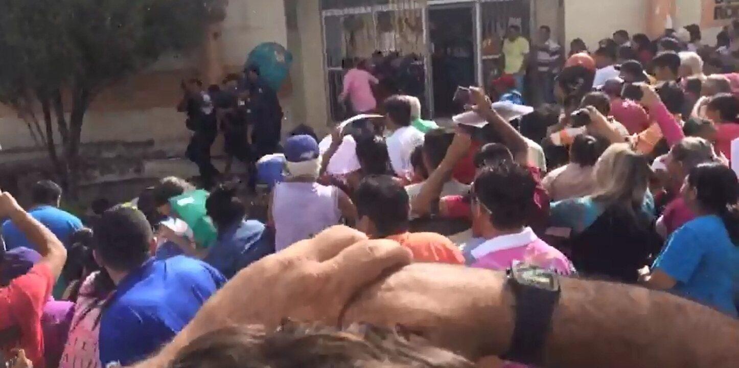 População tenta linchar suspeito de estuprar e matar duas crianças no Ceará