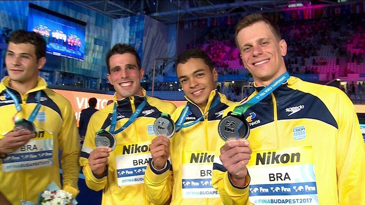 Nadadores brasileiros ressaltam força da equipe e querem se firmar entre os melhores