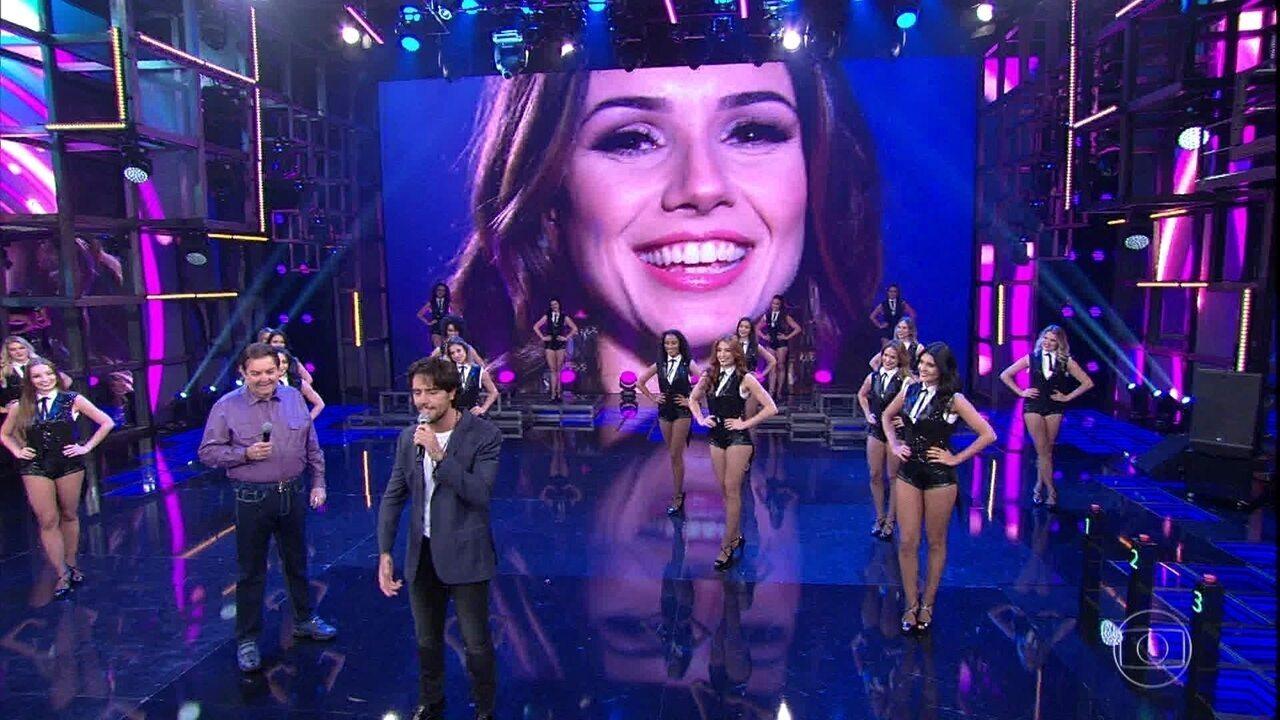 Thiago Arancam canta música composta pela namorada, Paula Fernandes