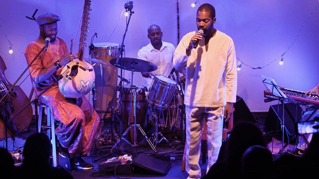 Projeto Sons da África troca experiências entre instrumentistas africanos e baianos
