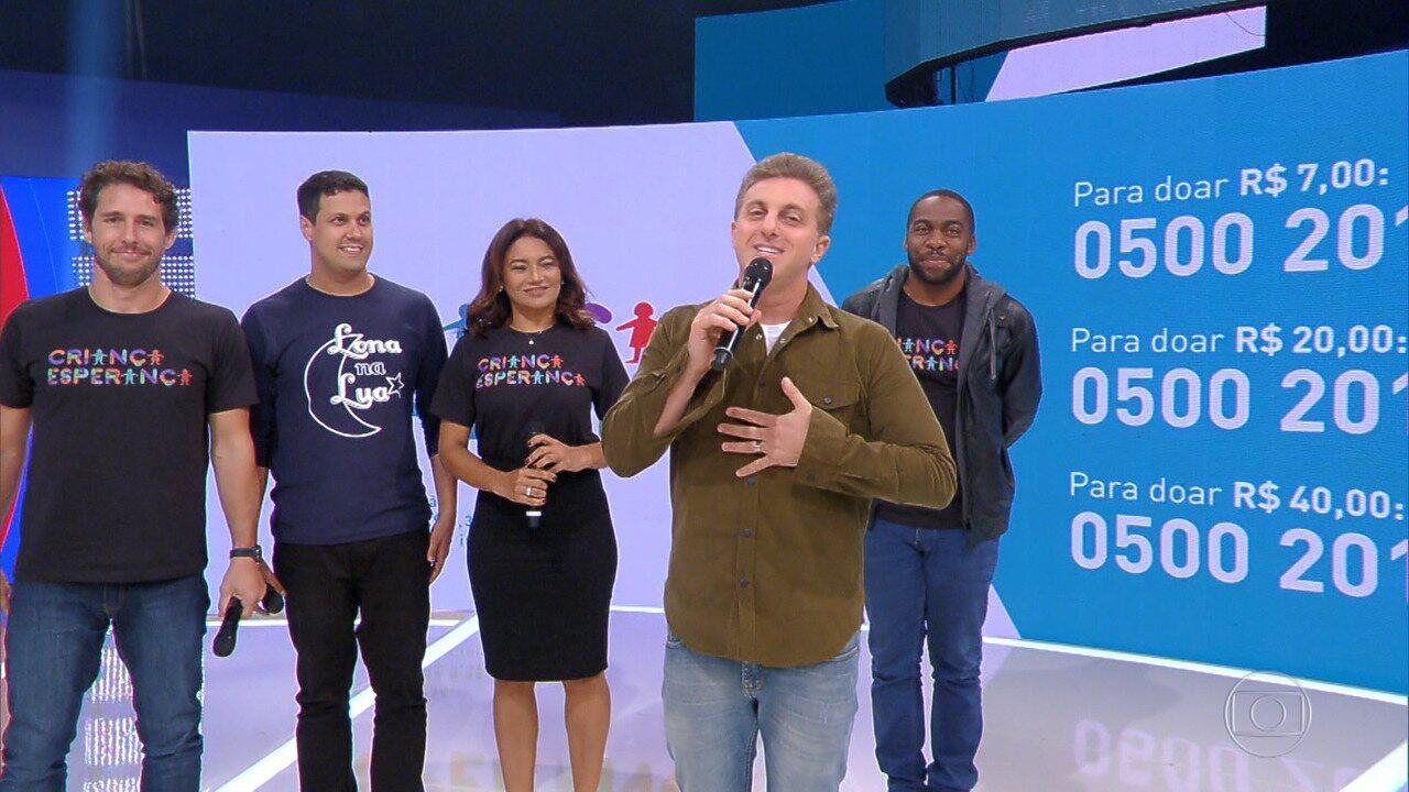Huck faz o lançamento oficial das doações do Criança Esperança 2017