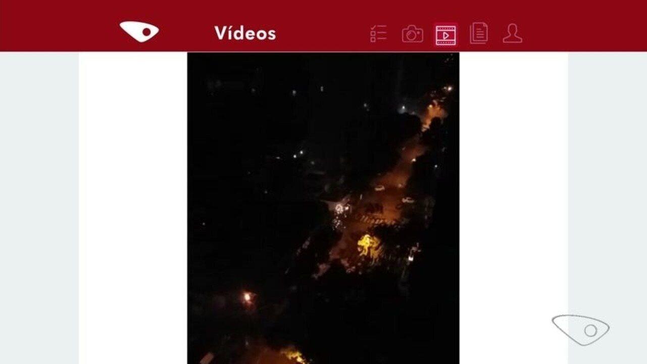 VC no ESTV: parceira registra explosões em rede elétrica da rua Constante, em Vitória