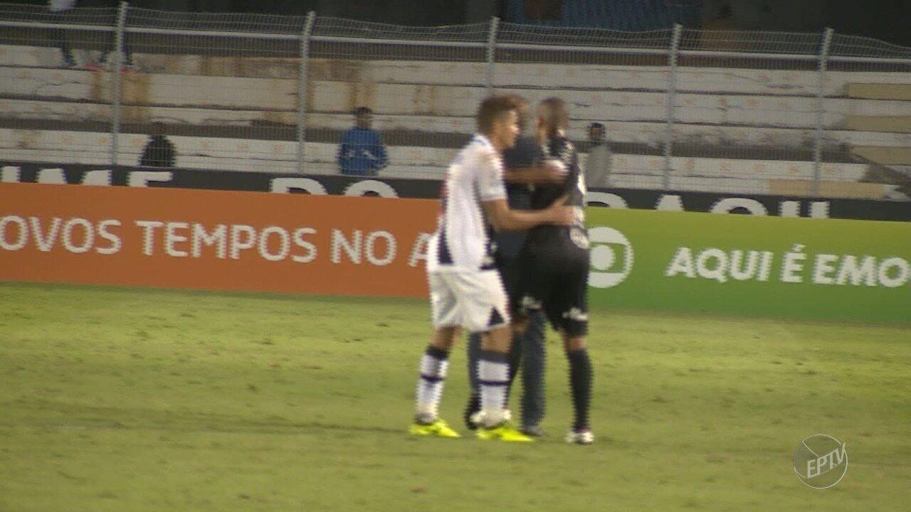 Confusão entre Rodrigo e técnico Milton Mendes roubam cena no jogo da Ponte Preta