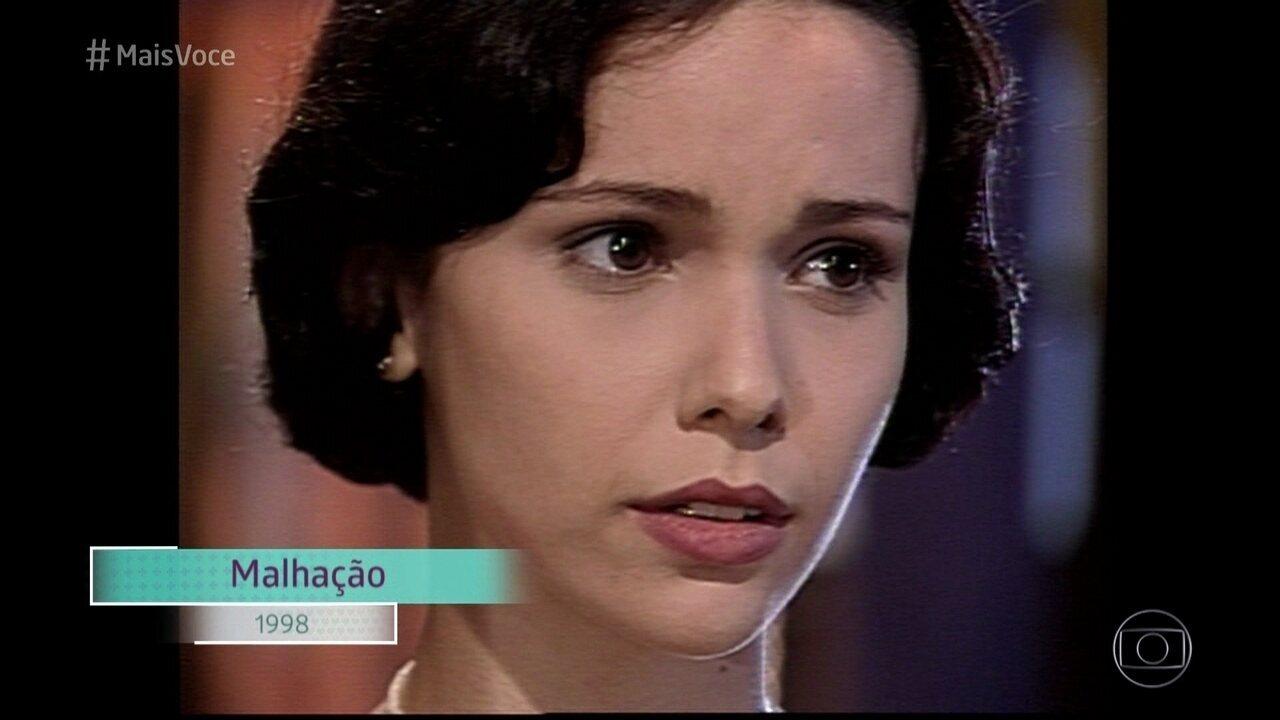 Débora Falabella revê cena de sua estreia na telinha, em 1998
