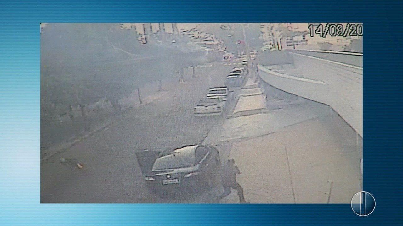 Suspeitos são baleados em tentativa de assalto a carro de desembargador do TJRN