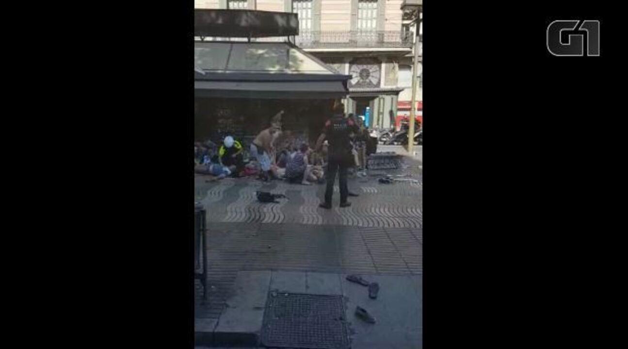 Brasileira registra local momentos após ataque em Barcelona