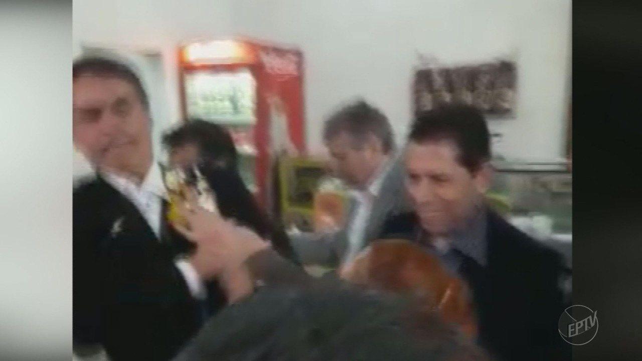 Jair Bolsonaro é hostilizado com ovada durante visita a Ribeirão Preto