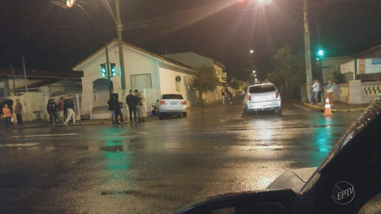 Mulher fica gravemente ferida após ser atropelada em Santa Rita do Sapucaí, MG