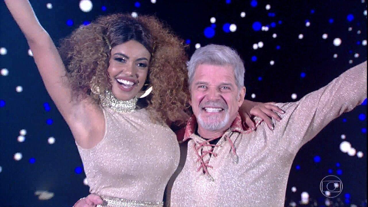 Raul Gazolla e Pâmella Gomes são os primeiros a dançar