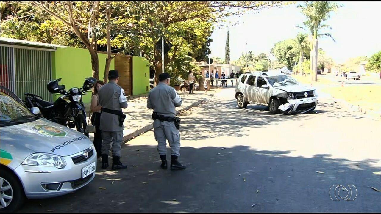 Dois suspeitos de roubo são mortos após perseguição, em Goiânia