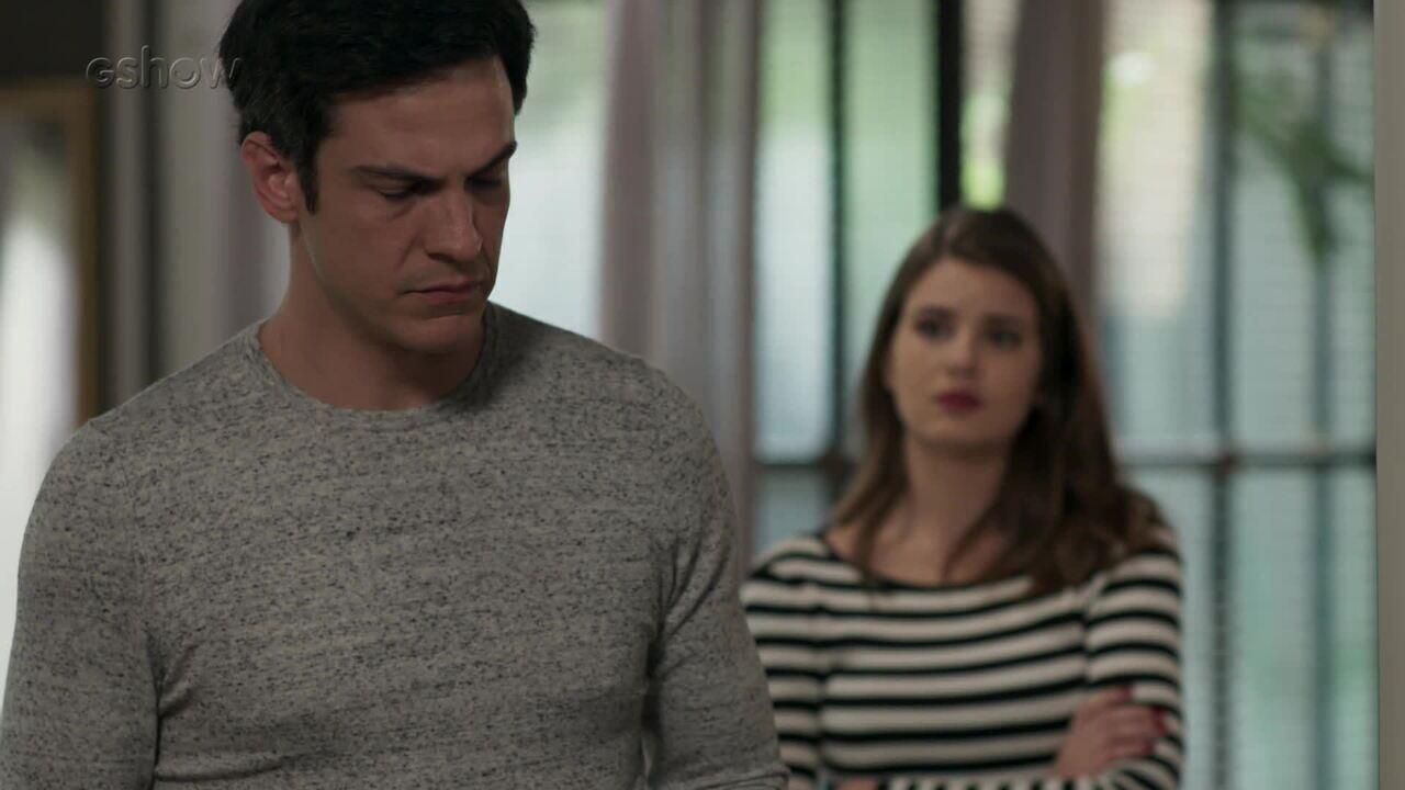Teaser 'Pega Pega' 26/8: Luíza decide descobrir o que aconteceu no acidente de Mirella