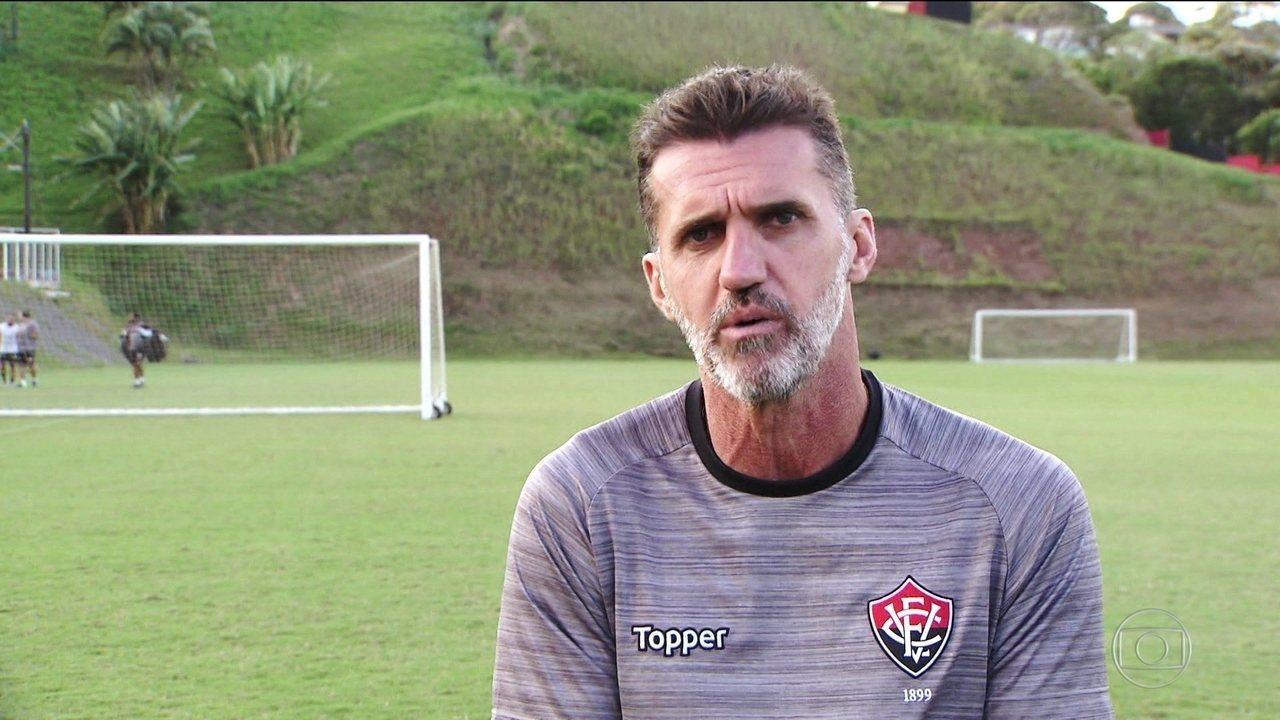 Vagner Mancini comenta sobre polêmica com jornalista após bater Corinthians; relembre