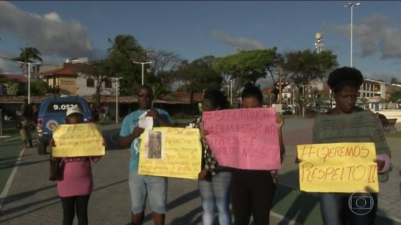 Moradores impedem saída de lanchas após acidente com mortes na Bahia