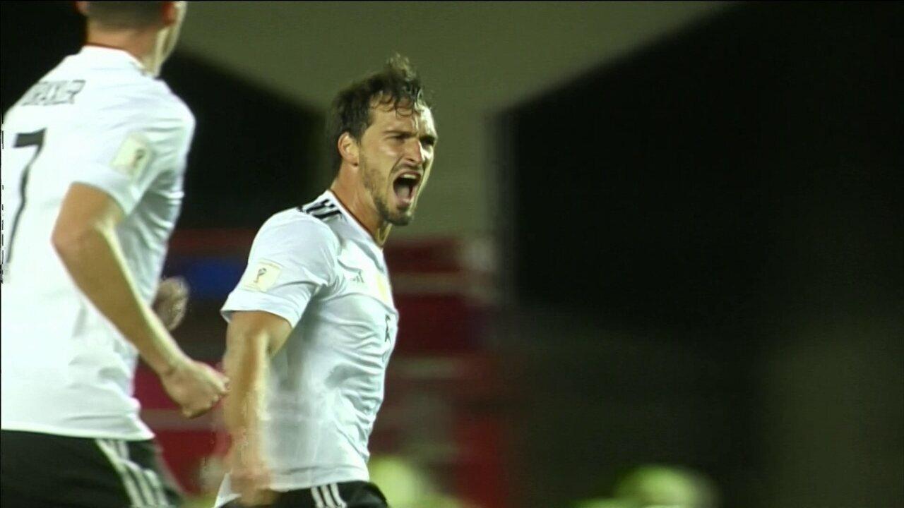 Alemanha goleia a Noruega e fica muito próxima da Copa