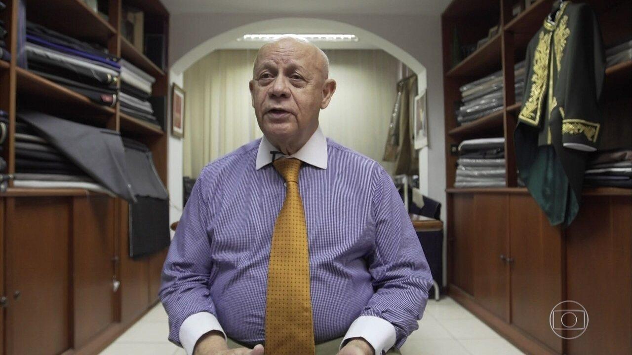 Diógenes da Silva Cardoso fala sobre a confecção dos fardões da ABL, que faz há 12 anos