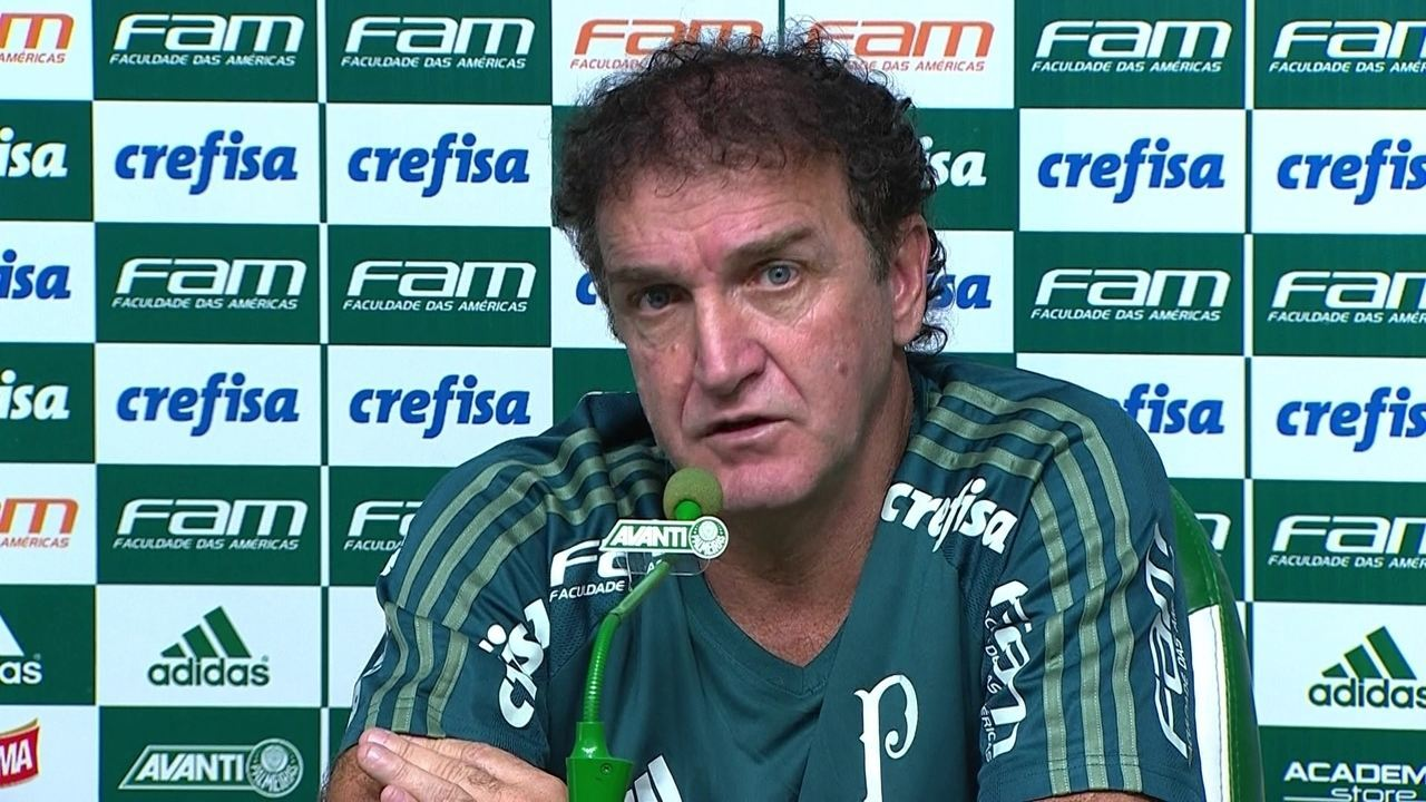 Cuca diz não ter mágoa de Felipe Melo e revela que ele ainda pode jogar neste ano