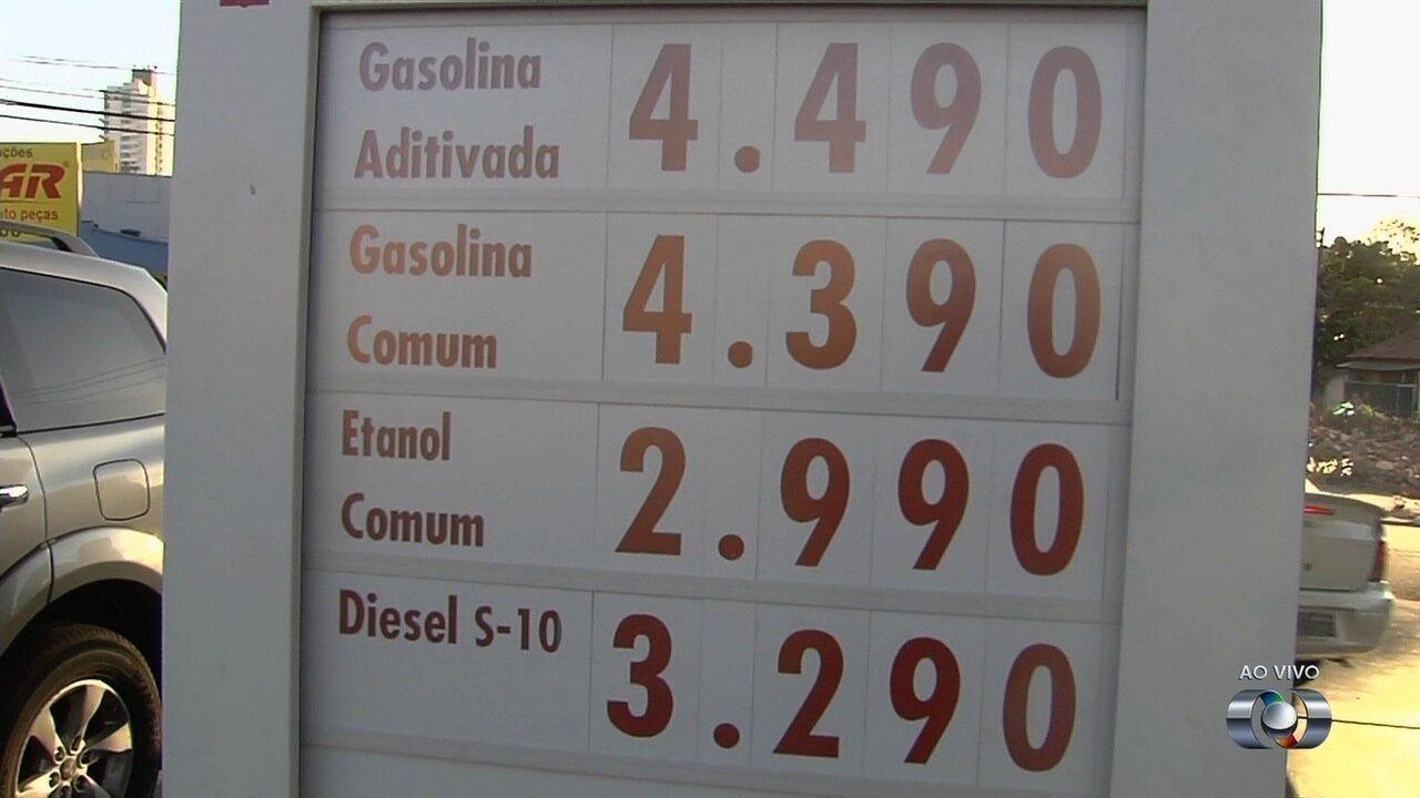 12d99fc76b Preço dos combustíveis volta a subir e gasolina chega a R  4