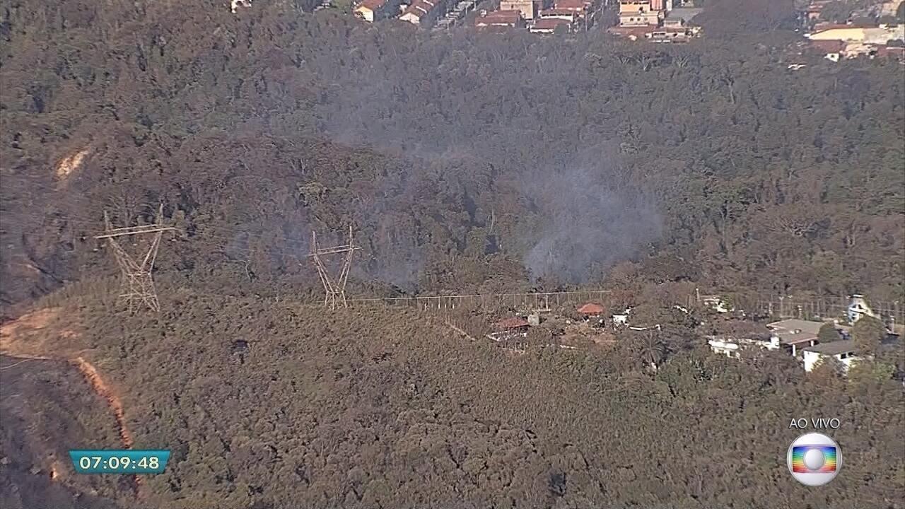 Incêndio no Parque da Serra do Rola Moça é controlado na Grande BH, dizem bombeiros