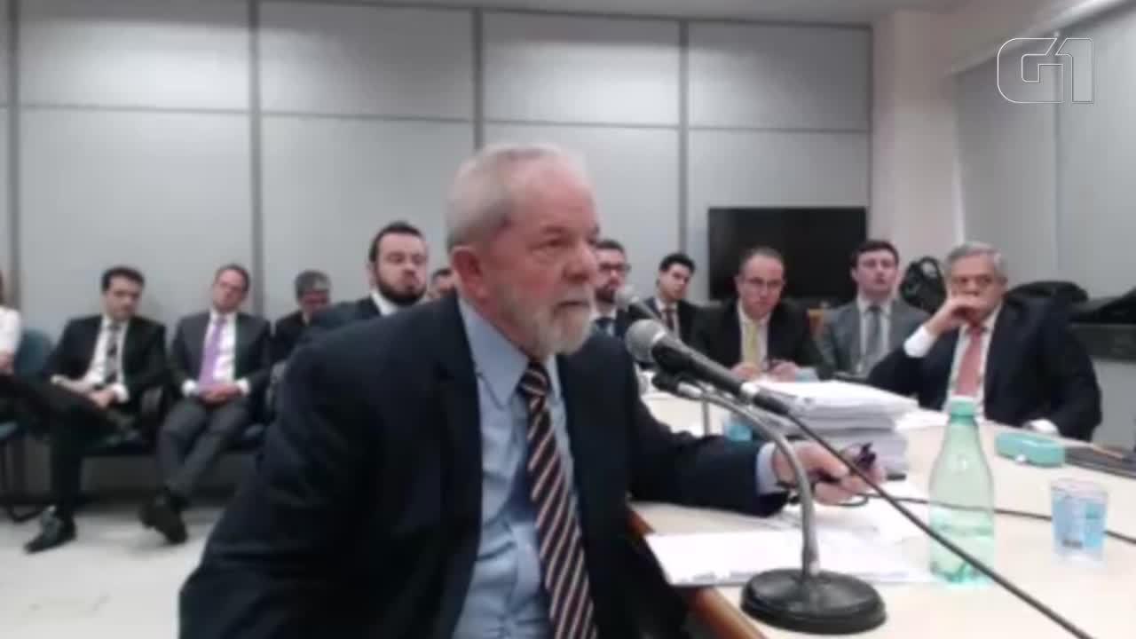 Procuradora pede a Lula que não seja chamada de 'querida' durante depoimento a Moro
