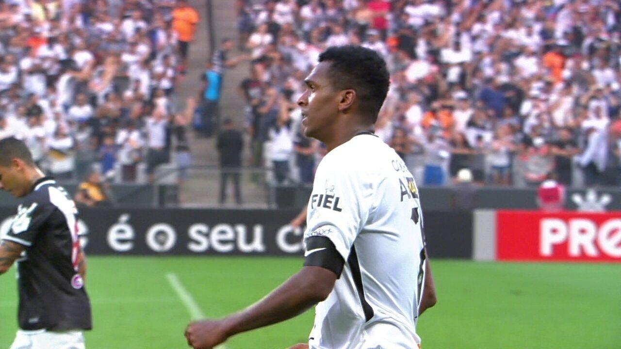 O gol de Corinthians 1 x 0 Vasco pela 24ª rodada do Brasileirão 2017