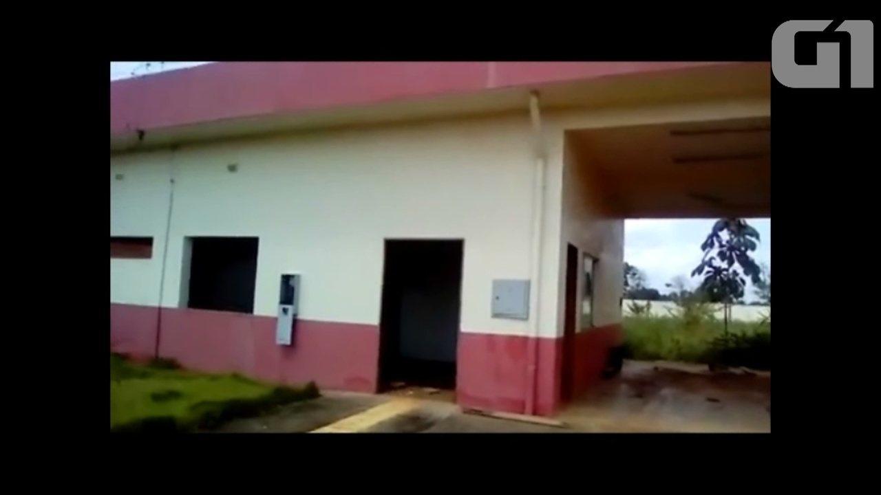 Morador de Porto Grande mostra situação de abandono da base do Samu