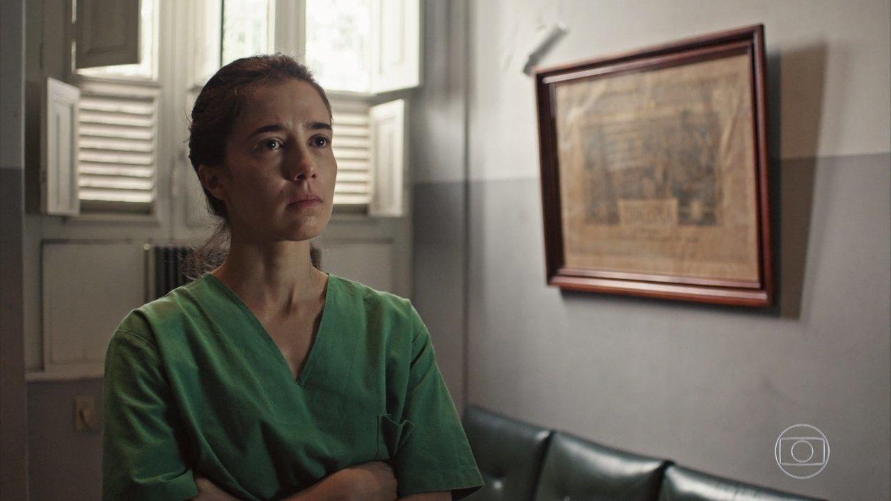 Carolina e a equipe precisam enfrentar a falta de oxigênio hospitalar