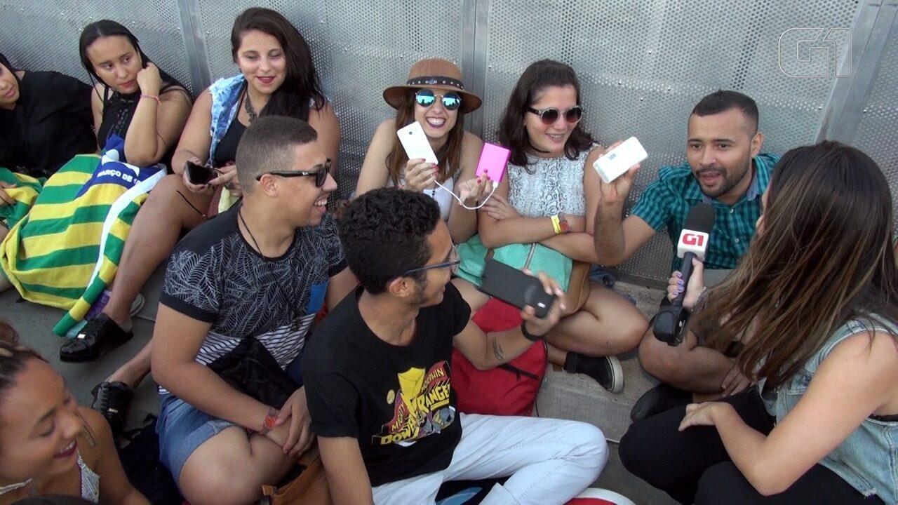 Fãs mostram o 'kit sobrevivência' para quem chega cedo ao Rock in Rio