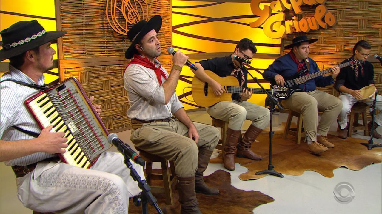 Grupo Pendão Farrapo se apresenta no quadro 'Na Janela do Galpão'