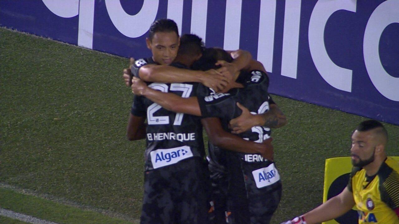 dac1953b93 Melhores momentos  Santos 1 x 0 Atlético-PR pela 25ª rodada do Campeonato  Brasileiro