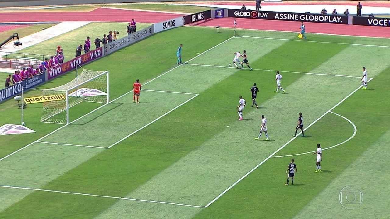 Gols do Fantástico: Corinthians e São Paulo empatam em clássico paulista