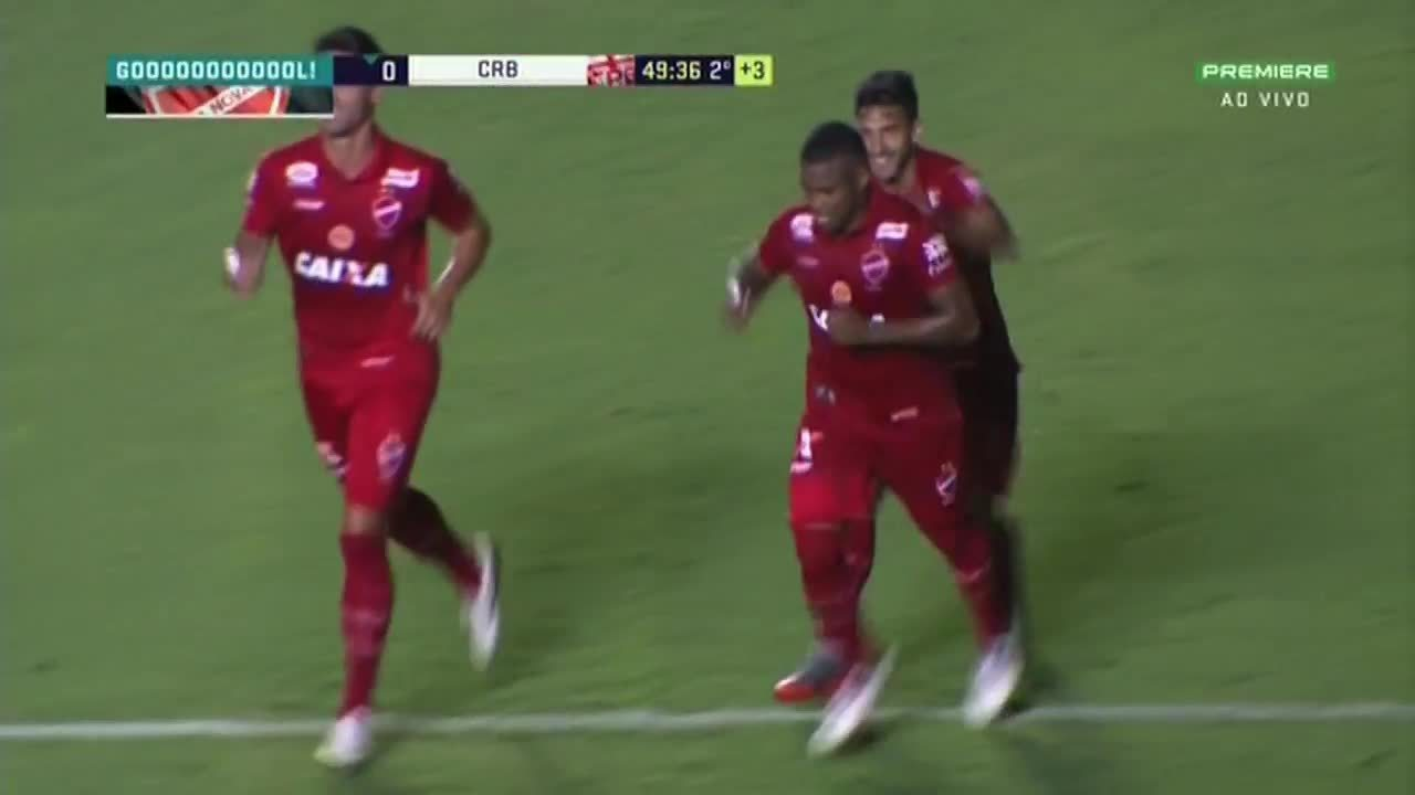 Alan Mineiro desloca o goleiro Edson Kölln e faz o terceiro
