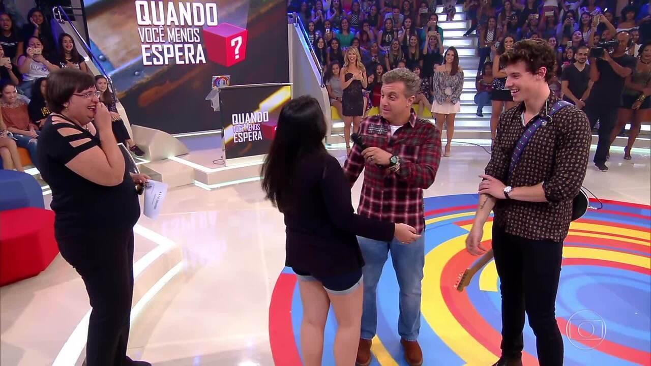Raphaela fica frente a frente com Shawn Mendes