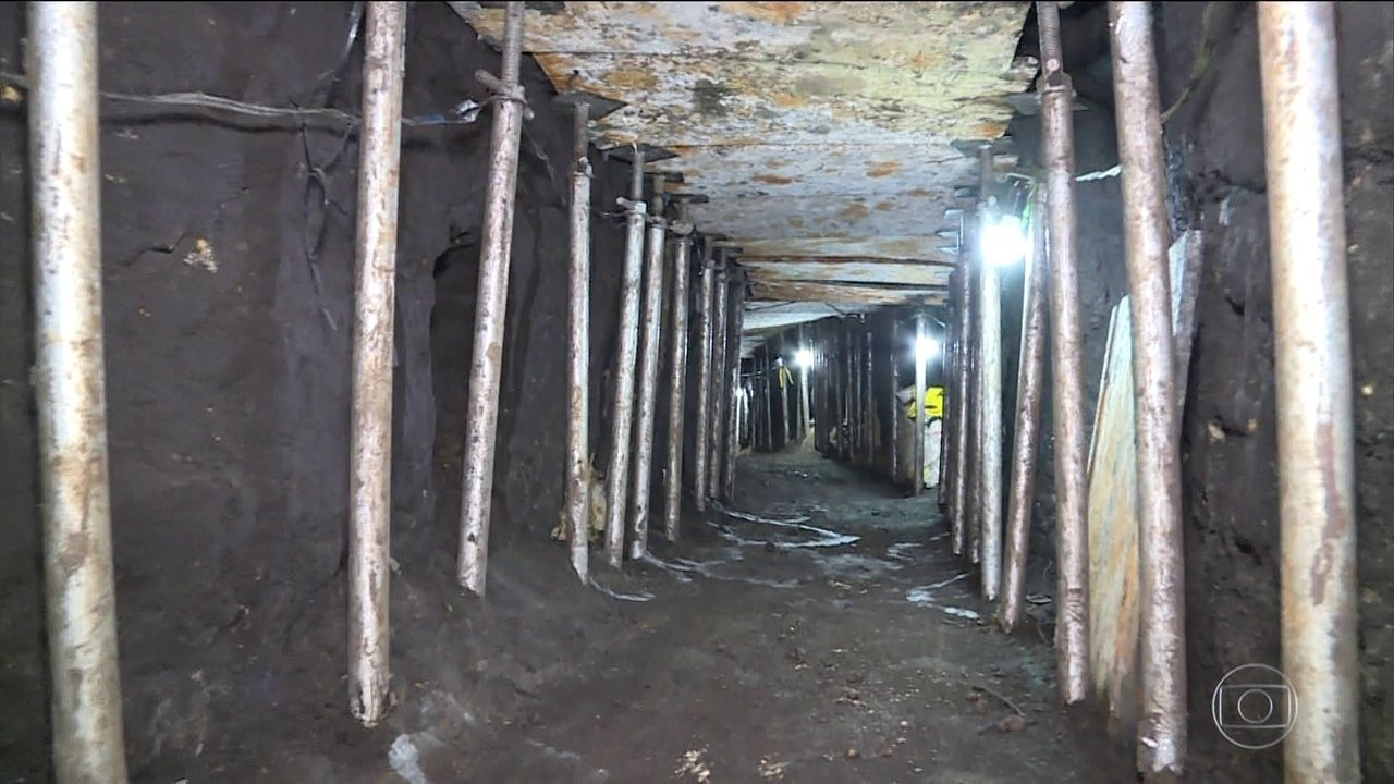 Polícia descobre túnel que ligava casa a cofre de banco