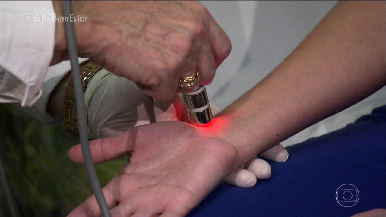 Conheça a técnica de laserpuntura, que ajuda a combater as dores em várias partes do corpo