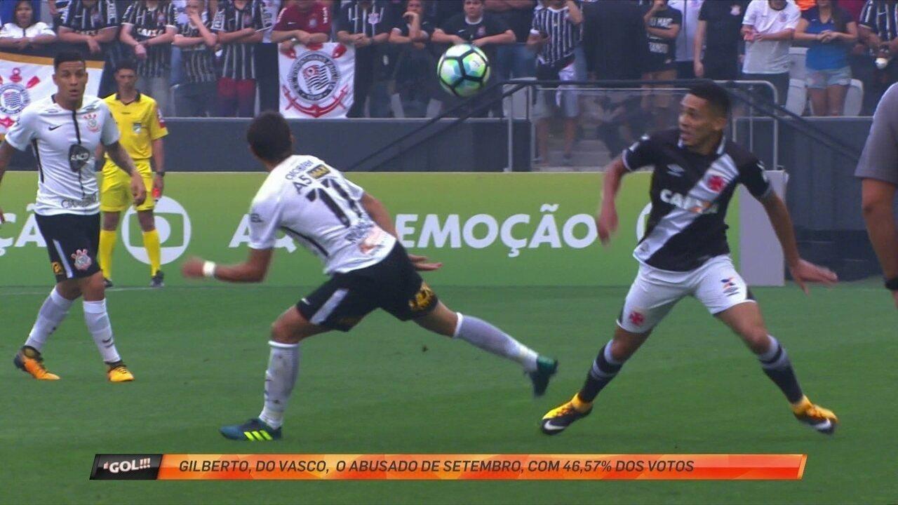 Gilberto, do Vasco, dá chapéu em Romero e é o