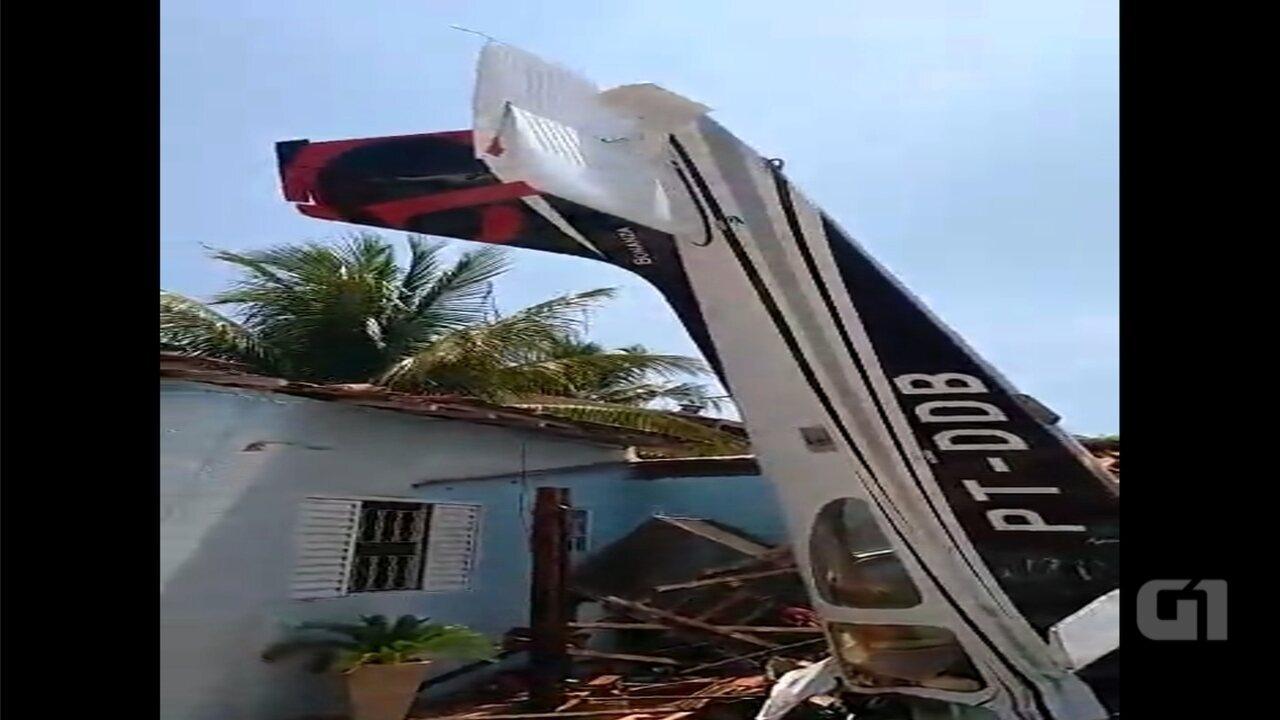 Avião cai sobre casa em bairro próximo ao aeroporto de Rio Preto