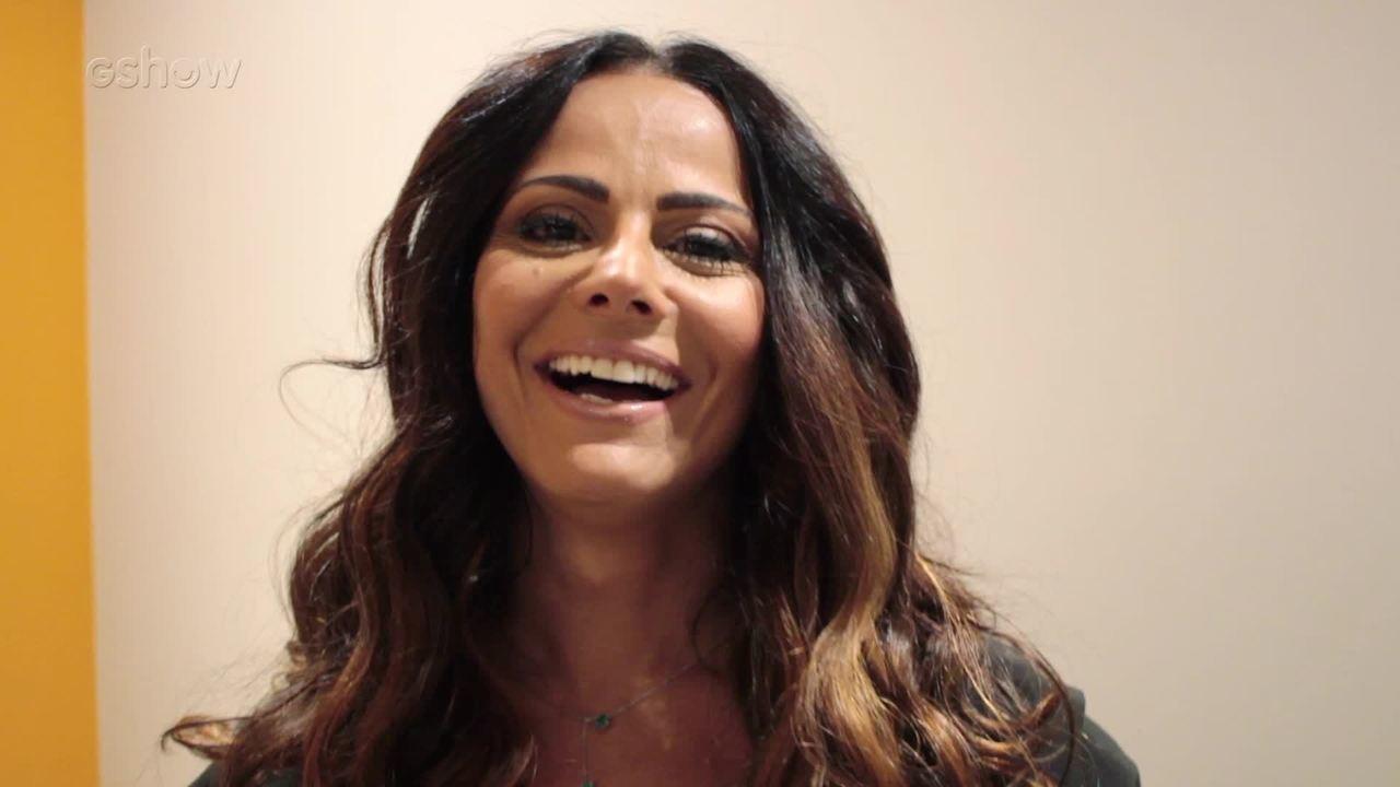 Viviane Araújo comenta novo visual