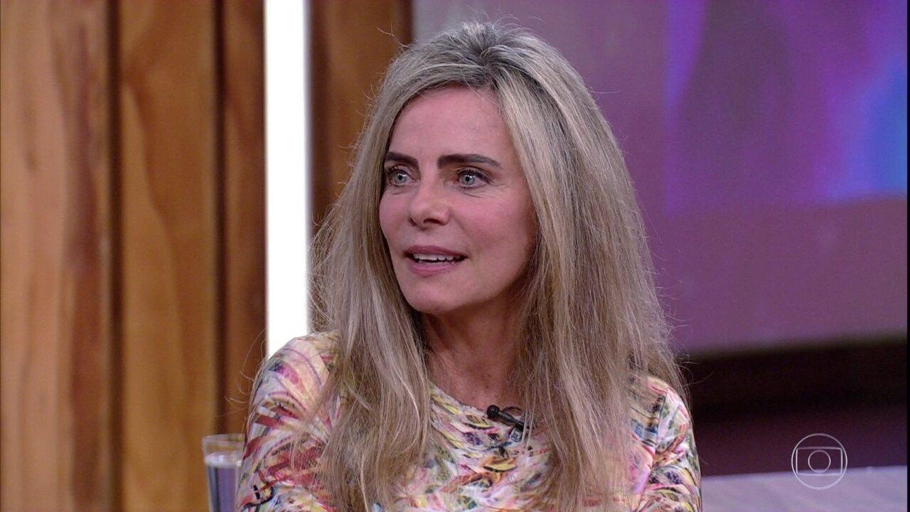 Bruna Lombardi diz dispensar o 'tempo' em sua vida