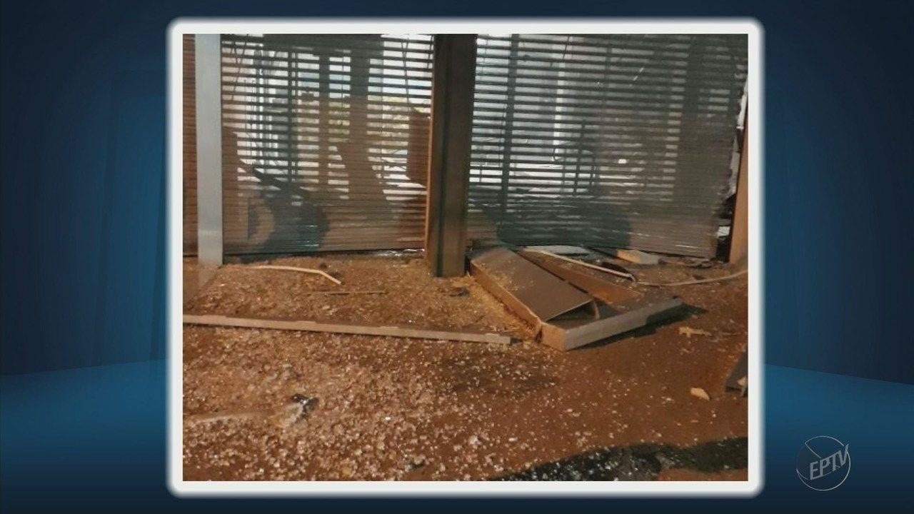Duas agências bancárias são atacadas por bandidos em Bom Sucesso, MG