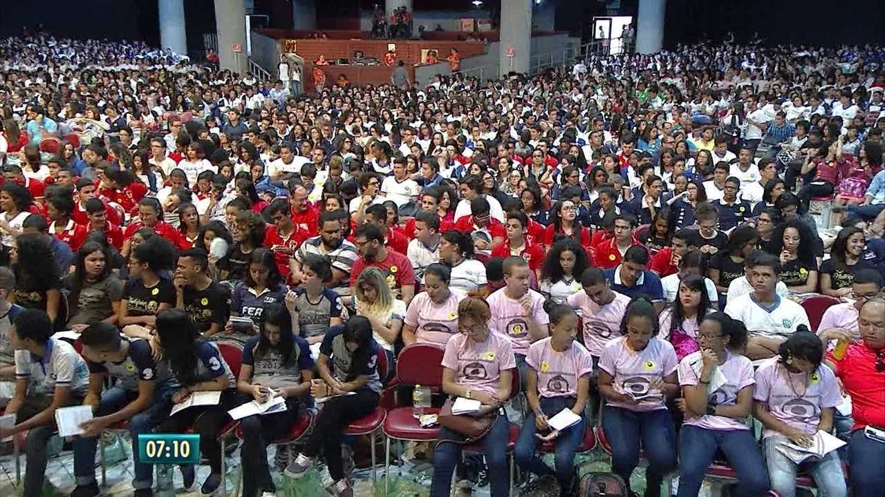 Aulão da Globo leva milhares de estudantes ao Classic Hall, em Olinda