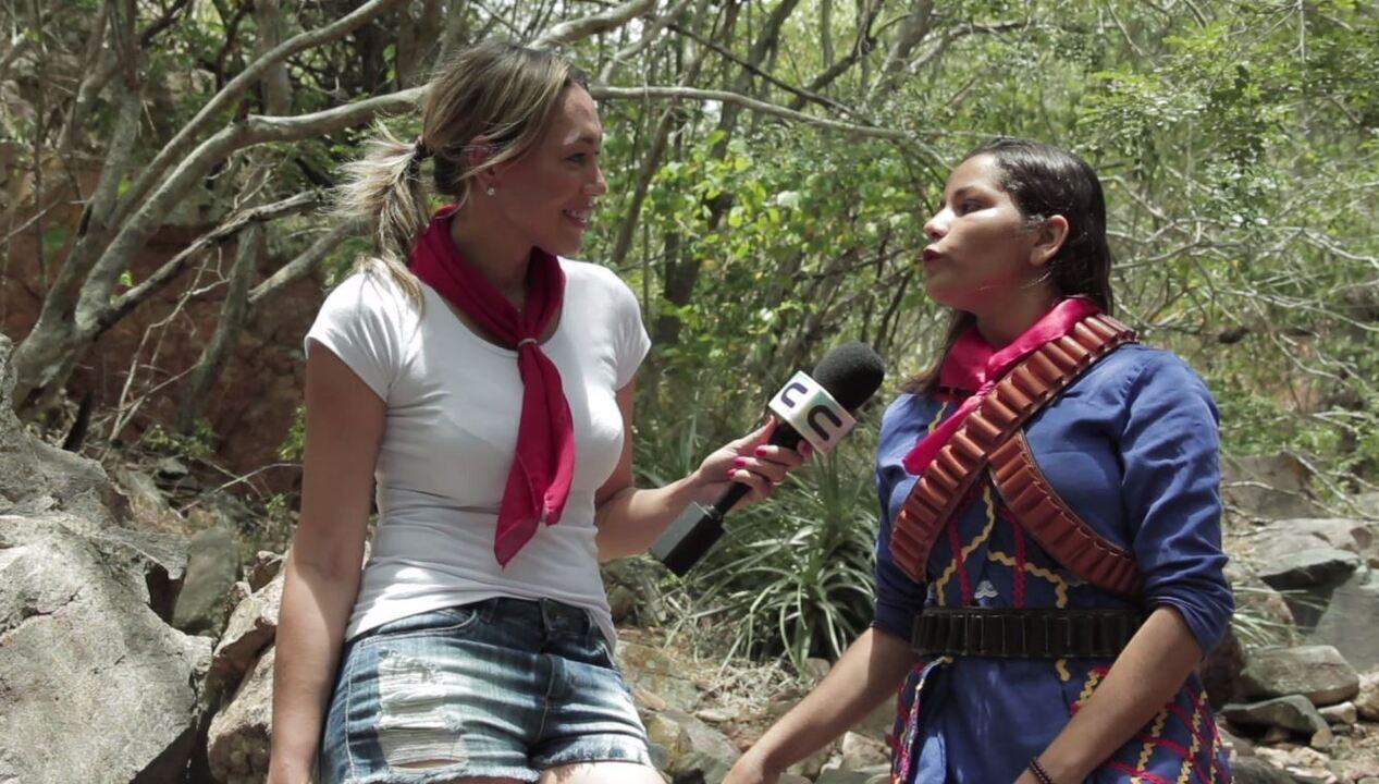 Fernanda Pinheiro faz trilha na Rota do Cangaço e visita a Grota de Angico