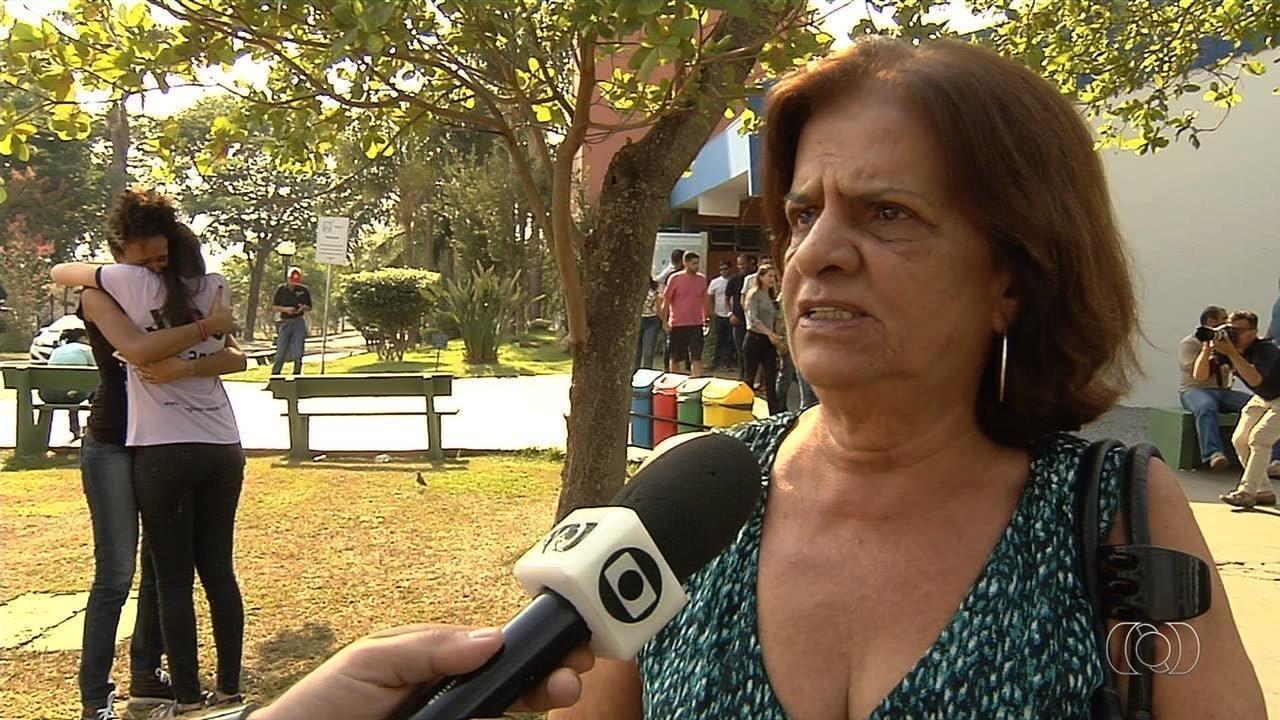 Mãe de estudante morto dentro da escola tinha pedido ao filho para não ir à aula, diz tia