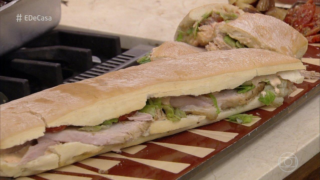 Toque do Ravioli: Chef prepara sanduíche de pernil